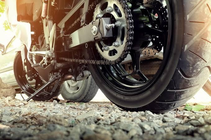 Pemeliharaan Sasis Sepeda Motor Kelas XII TBSM