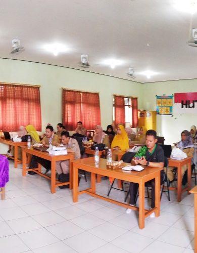 Rapat Koordinasi Review Dokumen SPMI dipandu oleh Pengawas Pembina